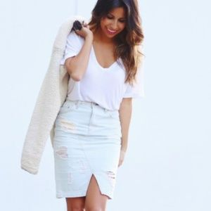 *NWT* rag & bone high waist white denim skirt